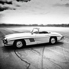 The 300 SL Roadster at MCAS El Toro in Irvine, CA.  #MBPhotocredit @roycer924  #Mercedes #Benz #300SL #SLS #TBT #ThrowbackThursday #instacar #carsofinstagram #germancars #luxury