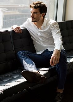 Mats Hummels just chilling on a couch. You're welcome.