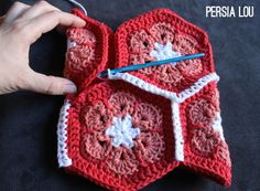 Persia Lou: African Flower Crochet Stocking: Free Tutorial (Plus Eight Christmas Creations) Crochet Motif, Free Crochet, Knit Crochet, Crochet Bags, Crochet Stocking, Stocking Pattern, Crochet African Flowers, Crochet Flowers, Granny Square Stocking