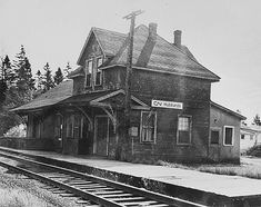 Old Canadian Train Stations,