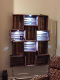 Furniture Makeover - New ideas Wood Crate Shelves, Crate Bookshelf, Wood Crates, Crates On Wall, Wooden Crates For Storage, Pallet Bookshelves, Wall Shelving, Ikea Shelves, Apartment Decorating On A Budget