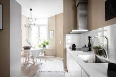 Gravity Home: Luxurious Scandinavian Apartment