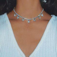 Stylish Jewelry, Cute Jewelry, Luxury Jewelry, Jewelry Accessories, Jewelry Necklaces, Fashion Jewelry, Pearl Necklaces, Sacs Louis Vuiton, Grunge Jewelry
