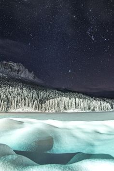 It's was a no moon night, so we fight the dark with our cameras! At Misurina'lake there was very remarkable light pollution but i think it helps e to have e nice photo with very high landscape illumination. Nikon Df in his first test works very very well!!