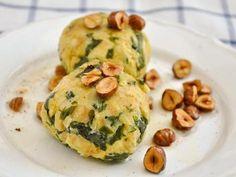 Spinat Semmelknödel mit Haselnussbutter (mit Sojamehl oder MyEgg als Eiersatz)