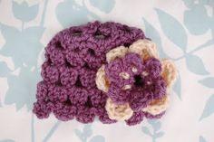 Alli Crafts: Free Pattern: Petals Newborn Hat