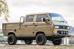 Bid for the chance to own a Modified 1989 Volkswagen Doka Syncro at auction with Bring a Trailer, the home of the best vintage and classic cars online. Volkswagen Karmann Ghia, Vw Bus T3, T3 Camper, Vw Vanagon, Transporter T3, Volkswagen Transporter, Vw T1, Vw Modelle, Vw Pickup