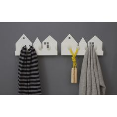 Shelf / Hooks . Village - White