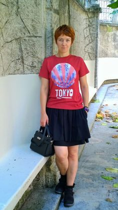 Black Skirt, Red Shirt, Tokyo near my heart. | Funky Jungle, fashion and personal style blog
