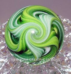 emerald isle - I loved these Marble Toys, Marbles Images, Marble Price, Marble Board, Crystal Guide, Art Of Glass, Emerald Isle, Glass Marbles, Glass Paperweights