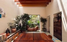 Photo 2 of 13 in Veramendi House by Andres Stebelski - Dwell