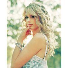 Taylor Swift!!!!!!!!!!!!!!!!!!!!!!!