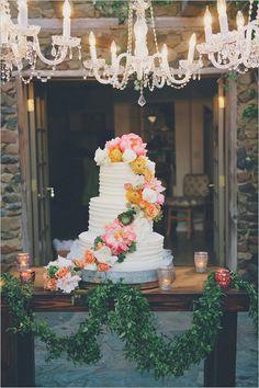 Warm and sunny California wedding cake
