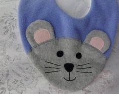Babero buho babero infantil animales polar por DinkyDimples en Etsy