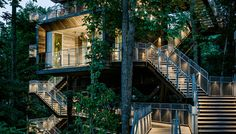 Sustainability Treehouse In Glen Jean, W., Mithun gives The Boy Scouts of America a treehouse that's on target for Living Building Certification. Boy Scouts, Home Depot Store, Eco Buildings, Diy Greenhouse, Sustainable Architecture, Architecture Student, House Architecture, Beautiful Architecture, Green Building