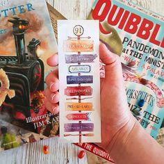Marque-page Harry Potter Marque Page Harry Potter, Cadeau Harry Potter, Harry Potter Bricolage, Harry Potter Bookmark, Cute Harry Potter, Theme Harry Potter, Harry Potter Tumblr, Harry Potter Birthday, Creative Bookmarks