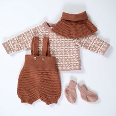 Knitting For Kids, Baby Knitting, Baby Barn, Baby Wearing, Knit Crochet, Diy And Crafts, Rompers, Wool, Sewing
