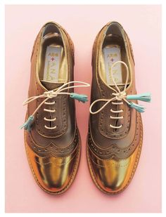 Oxford Shoes For Women, women shoes, Oxford Shoes, Abo Ana Ljubinkovic Gold And Copper Brogues Abo Abo Analjubinkovic Shoes Brogues Oxfords Gold Fall Shoes, Winter Shoes, Spring Shoes, Summer Shoes, Shoes 2018, Chanel Shoes, Balenciaga Shoes, Latest Shoe Trends, Cute Shoes
