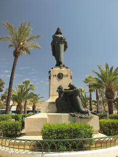 Malta kneeling down to Christ the King Malta Italy, Malta History, Malta Gozo, Malta Island, Christ The King, Miniature Gardens, Little Island, Places Of Interest, Mediterranean Sea