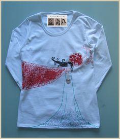 Camiseta caperucita roja con cesta