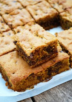 Pumpkin Chocolate Chip Bars and Homemade Pumpkin Pie Spice - The Live-In Kitchen