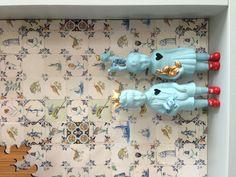 Porcelain clonette dolls..... Opm. Zietzietje: misschien idee voor al die erfenis beeldjes: in 1 kleur spuiten??!
