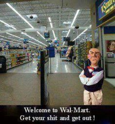 - Walmart humor…this. Best Picture For Funny stuff For Your Taste You are looking - Funny Shit, Funny Jokes, Funny Stuff, Funny Things, Memes Humor, Funny Drunk, 9gag Funny, Random Stuff, Funny Fails