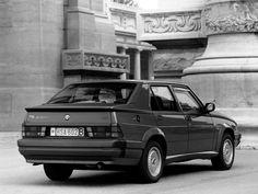 Alfa Romeo 75 QV