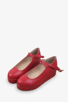 Japanese Style Platform Shoes In Red. Free 3-7 days expedited shipping to U.S. Free first class word wide shipping. Customer service: help@moooh.net