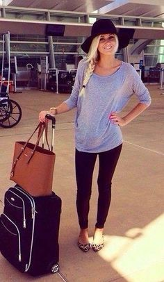 Cute casual travel outfit