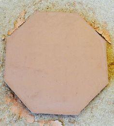 ESP- Durante estos días estamos produciendo ceramica octagonal de 53x53x3     CAT- Durant aquests dies estem produint ceràmica octagonal de 53x53x3