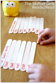 Word Family Popsicle Stick Sort! FUN and effective ways to work with words!