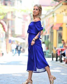 4525cefadba Εντυπωσιακό μίντι μπλε φόρεμα DULSINEA | Τέλεια φορέματα | Formal ...