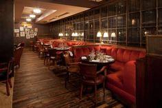 Soho House New York Bar banquettes Soho House Barcelona, Soho House Nyc, Vintage Restaurant, Restaurant Design, Restaurant Bar, Restaurant Seating, Modern Restaurant, Urban Rustic, Restaurants