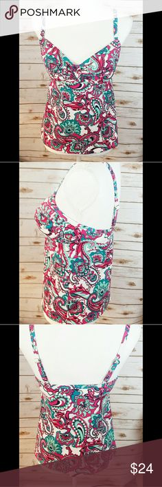 Lands End Swim Top Perfect used condition with padded top and adjustable straps. Lands' End Swim