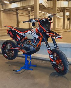 Ktm Dirt Bikes, Cool Dirt Bikes, Ktm Motorcycles, Dirt Biking, Custom Motorcycles, Motocross Love, Motorcross Bike, Motorcycle Dirt Bike, Motorcycle Quotes