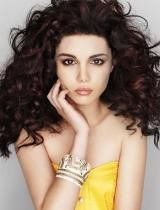 I love the untamed curly hair look.