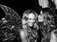 """candices-swanepoel: """" rosiehw Happy Birthday to the most angelic of them all 👼🏼👼🏼👼🏼 LOVE you girl… Photo by backstage at the 2010 Victoria's Secret Fashion Show in NYC 🎂❤️🌹 """" Victorias Secret Models, Victoria Secret Fashion Show, Victoria's Secret, Pretty People, Beautiful People, Beautiful Things, Beautiful Women, Belle, Victoria Secret Angels"""