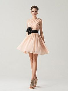Abelia - Eine Schulter kurz A Line Chiffon Brautjungfer Kleid mit Blume Schärpe…