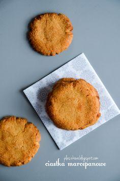 ciastka marcepanowe (marzipan cakes)