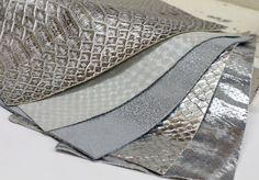 5pcs Scrap Leather Pieces , Shiny Silver Leather Offcuts , Silver Snakeskin