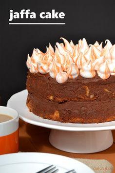 jaffa cake Kitchen Recipes, Cooking Recipes, Mini Meringues, Jaffa Cake, Orange Frosting, Cake Tins, Vegetarian Chocolate, Homemade Cakes, Let Them Eat Cake