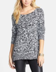 Cute sweater, perfect for layering.