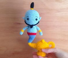 Hi Sheep English: Lamp Genie - Aladdin Disney Crochet Patterns, Crochet Patterns Amigurumi, Crochet Blanket Patterns, Crochet Dolls, Crochet Stitches, Doll Patterns, Kawaii Crochet, Cute Crochet, Crochet Crafts