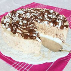 Choklad-semifreddo – Lindas Bakskola Vanilla Cake, Gluten Free, Sweets, Ethnic Recipes, Desserts, Food, Frases, Glutenfree, Tailgate Desserts