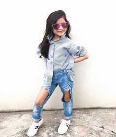Little Diva in Denim 😍 Love her @fab_fioneandmegan • ❤Double tap this photo 📌Use #kidsfashionistamodel at your photo for a possible feature 📧Click link in bio for brand promo . . . . #love #instagood #photooftheday #me #cute #igers #childrenphoto #instadaily #goodlooking #bestoftheday #follow #nofilter #happy #fashion #sun #style #stylish #beautiful #instagood #pretty #swag #cool #rad #design #model #outfit #influencer #kidsfashion #ootd