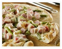 Honey-Cured Ham & Asparagus Pizza