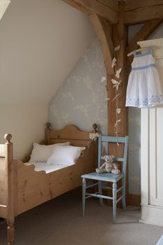 Swedish Decorating Inspirations In Yellow, Ivory And Beige Pictures - cottage bedroom Cama Vintage, Oak Frame House, Deco Kids, Home Decoracion, Attic Renovation, Attic Remodel, Little Girl Rooms, Kid Spaces, Kid Beds