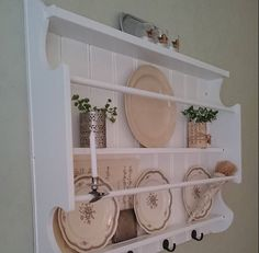 Vintage wood plate rack & Wooden Plate Racks Wall Mounted | Antique 19C Victorian pine dresser ...