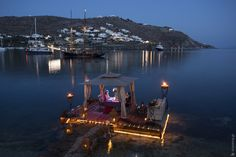 What can be more romantic than a private dinner sorrounded of sea, like this? In Hotel Kivotos -Mykonos, Greece